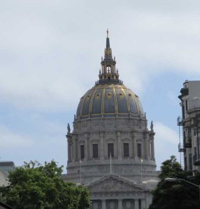 Dome of the City Hall in San Francisco, taken from the bus.